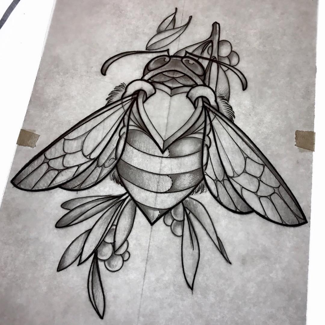 做瑜伽教练的柴先生甲壳虫纹身手稿