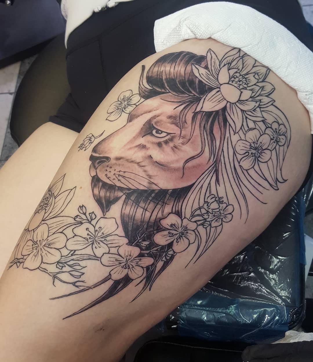 甘小姐大腿狮子荷花樱花纹身图案